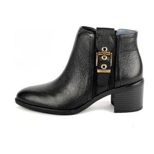 Franco Sarto Eminent Black Heeled Booties 7M